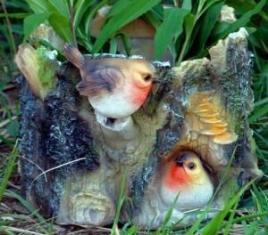 природный сад оформляем фигурками